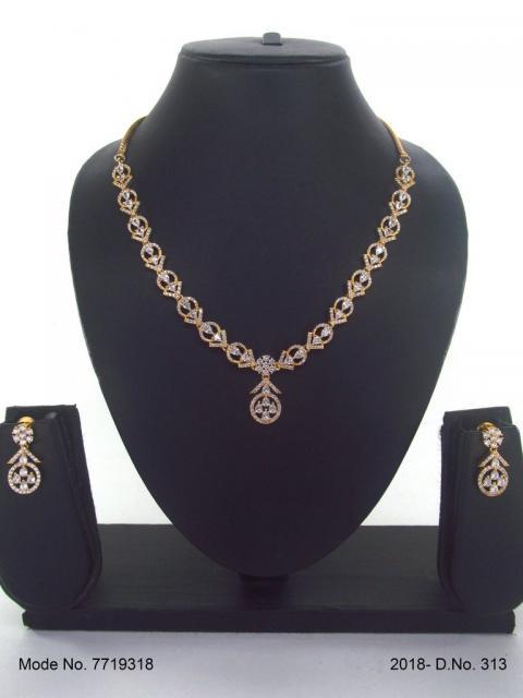 Classic Pattern   Fine Fashion Jewelry