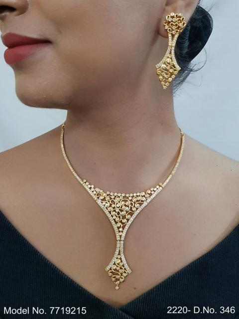 Classic Cz Jewelry Set with Earrings