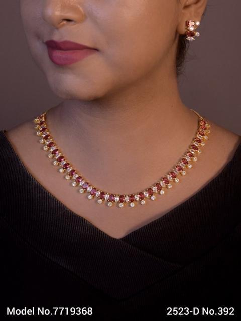 Wholesale Classic Necklace Set