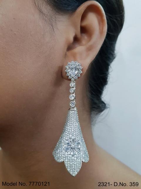 Earrings made of Cubic Zircons