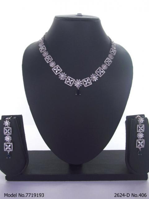 Western Necklace set