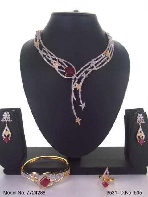 Wholesale Traditional Necklace Set