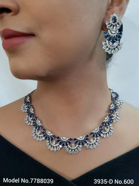 The best Gift for a Woman ! Jewelry