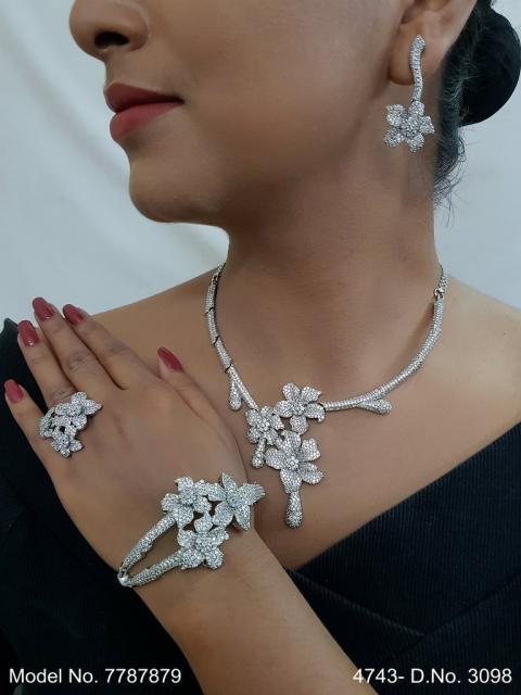 Designer Jewelry in Wholesale