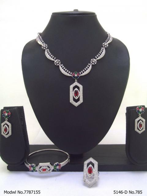 Fashion Necklace Set | Artificial Diamonds / Zircons