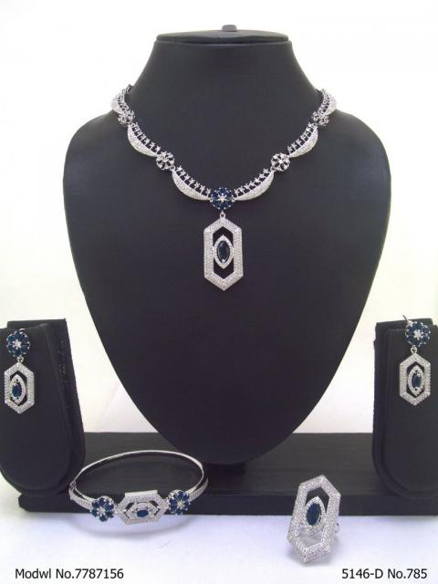 Traditional Design | American Diamond Jewelry Set