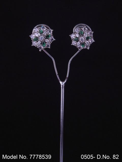 Crystal zircon studs with AAA star cut