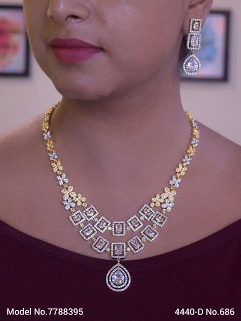 Traditional Zirconia Jewelry Set for Classy Women