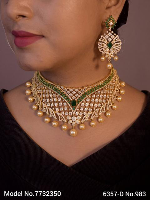 Artificial Diamond Jewelry Set
