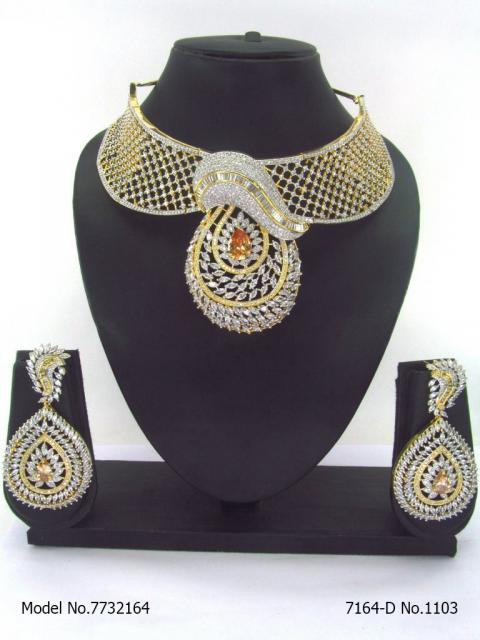 Necklace Set with Classic earrings.