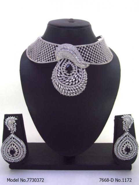 Ideal Wedding Jewelry / Anniversary Gift