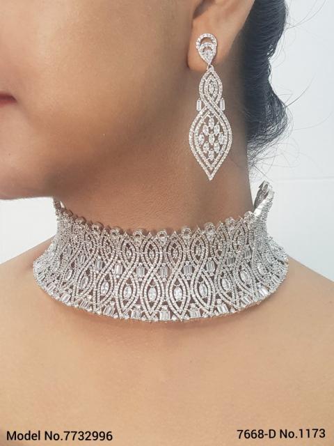Zirconia Fine Fashion Jewelry Set