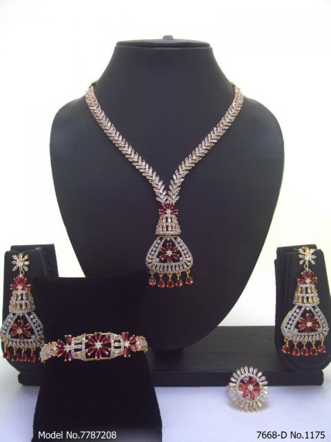 Traditional Zirconia Jewelry Set for Classy Women