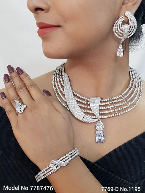 Designer Jewelry in Wholesale